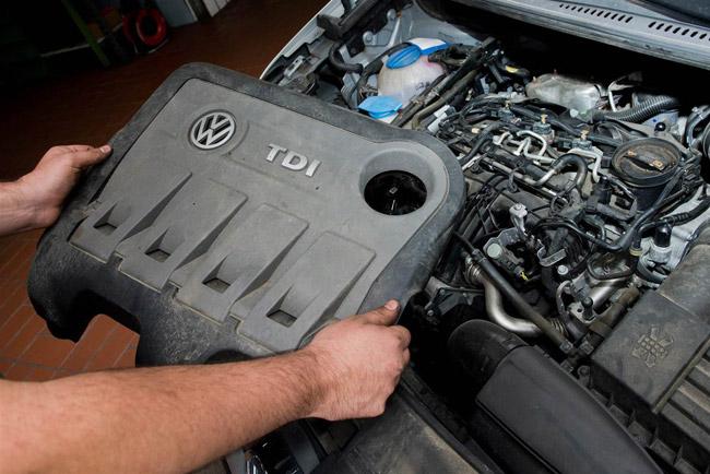 151022-volkswagen-ea189-engine-mbm_552629904bf832395015e2a30cdd9f9a.nbcnews-ux-2880-1000