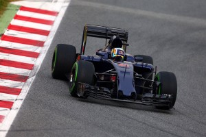 F1: Meztelen Toro Rosso, pattanásos McLaren – pályán az új autók