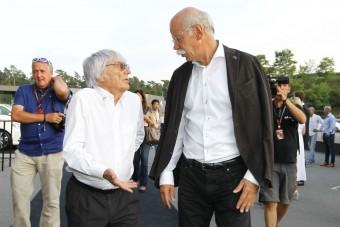 F1: A Mercedes-vezér kiakadt Ecclestone-ra