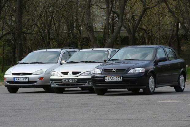 A kompakt vagy alsó középkategóriás használt autók alegtöbb helyzetben beválnak