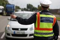130-cal akart rendőröket gázolni egy zalai férfi