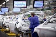 Kétórás sztrájk volt a kecskeméti Mercedesnél