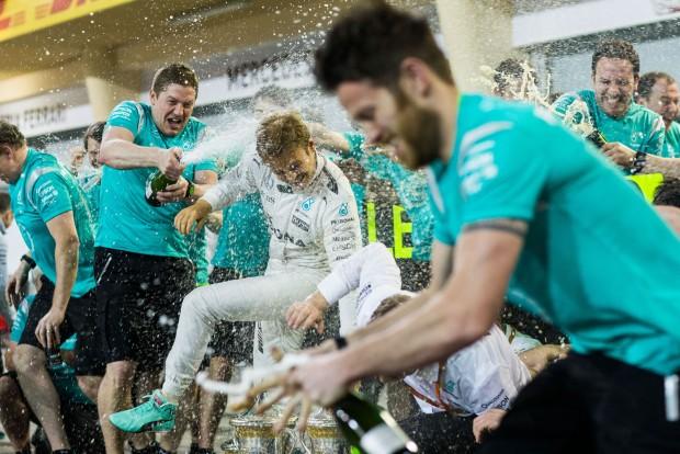 F1: Rosberg még maradna a Mercedesnél