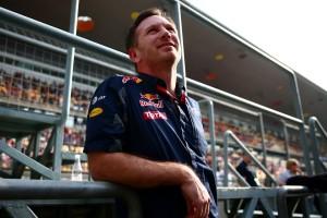 F1: Így bénázik a Red Bull főnöke a szimulátorban