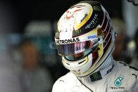 F1: Hamilton pohara félig teli