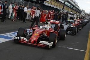 F1: Kódolt üzenetet küldött a Ferrari, megúszta