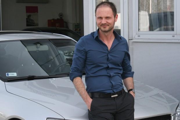 Pechje van a tulajnak: sokáig keresett egy szép IS-t, de nemsokára eladja a 2005-ös autót, mert napi 100 km ingázáshoz sok a 10-11 literes benzinfogyasztás