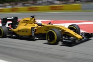 F1: A Renault-nak nem kell sztárversenyző