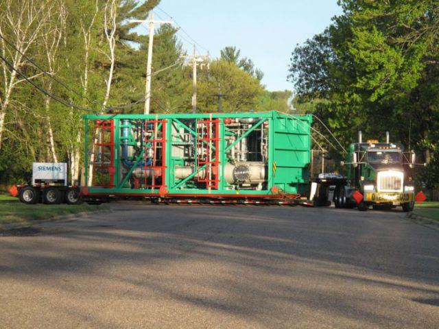 supersized_truck_loads_640_12