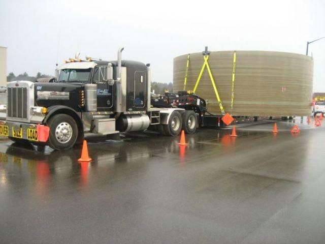 supersized_truck_loads_640_27