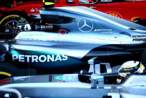 F1: A Mercedes nyílt levélben szólt be a rajongóknak