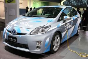 Kilapítják a gyalogosokat az elektromos és hibrid autók