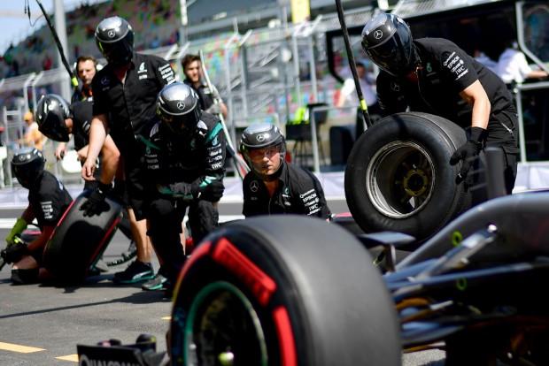 F1: Így trükközik a gumikkal a Mercedes?