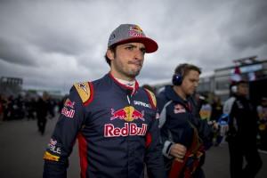 F1: A Renault hiába szeretné Sainzot