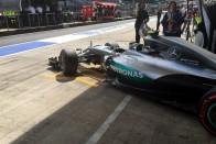 F1: Felhőszakadás után is Rosberg a legjobb