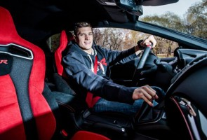 Magyar olimpiai bajnok járt a McLarennél