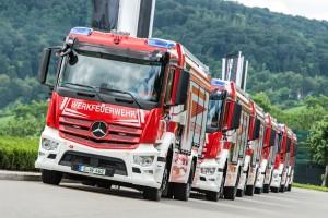 Áruterítőkből építettek tűzoltóautókat a Mercedesnél