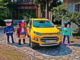 Játékkatonák figyelmeztetnek a veszélyre a Balatonnál