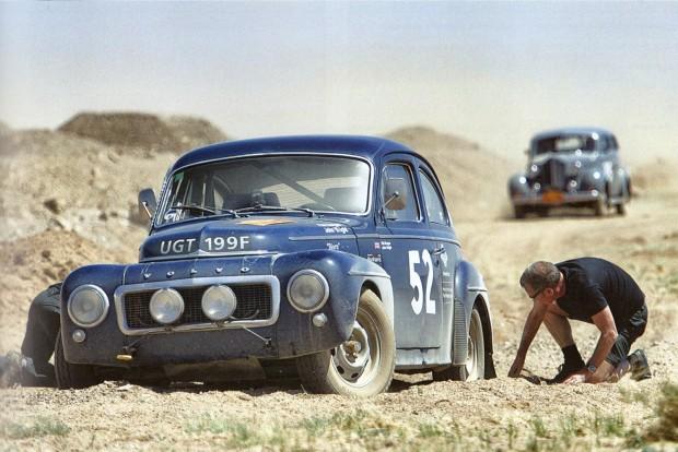 Százéves autók versenye