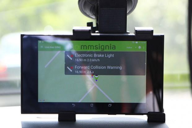 Sokféle adatot oszthatnak meg egymással az autók. Sebességet, menetirányt, kormány szöget, bármit