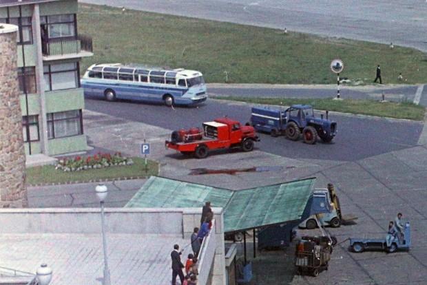 Minden egy képen: Ikarus busz, Csepel teherautó és Dutra traktor