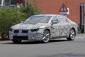 Akár luxuskupé is lehetne, pedig ez az új VW CC szedán