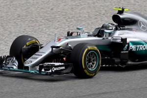 F1: Leleplezték a Mercedes titkát?