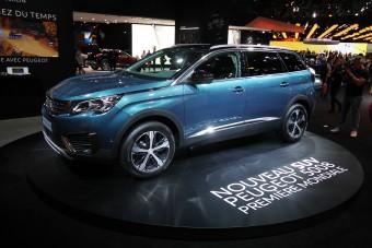 Mi jobb egy Peugeot szabadidő-autónál? Egy nagyobb Peugeot szabadidő-autó!