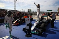 F1: Mikor tör ki a vulkán a Mercedesnél?