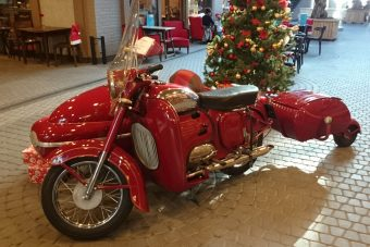 Cseh motorcsodára bukkantunk Óbudán