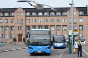 Alkalmazással csábítanák át az autósokat a tömegközlekedésre