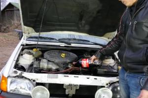 Ez az eredmény, ha olaj helyett kólát öntesz a motorba