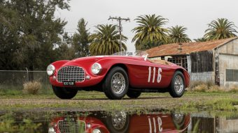 Milliárdokat ér ez a közel 70 éves Ferrari