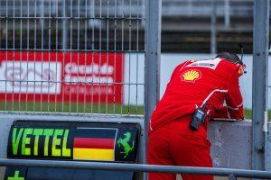 F1: A Ferrari odavágott a Mercedesnek