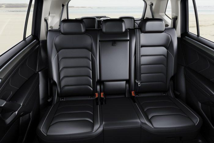17-Volkswagen Tiguan Allspace (6)
