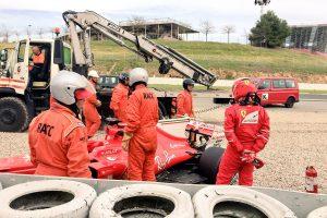 F1: Räikkönen falnak küldte a Ferrarit – videó