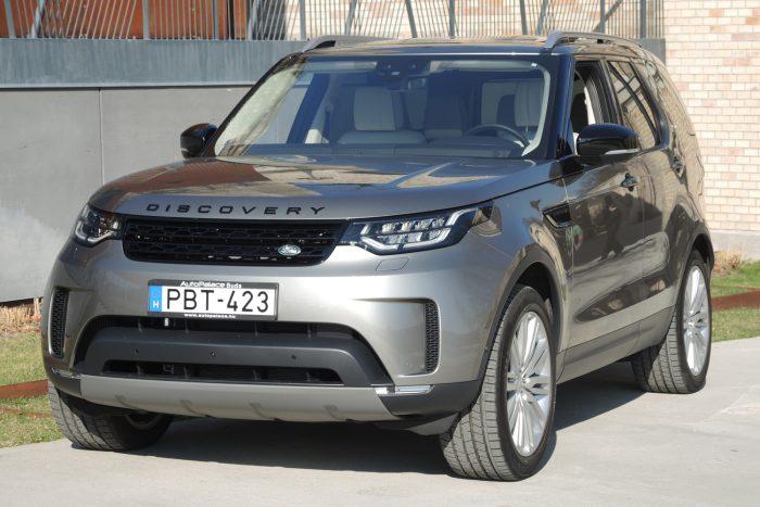 A Discovery minden motorjához elektronikus vezérlésű, nyolcfokozatú ZF automata sebességváltó csatlakozik.