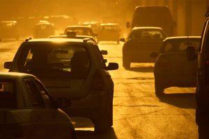 Kitiltották az öreg autókat Barcelonából, és ez teljesen komoly