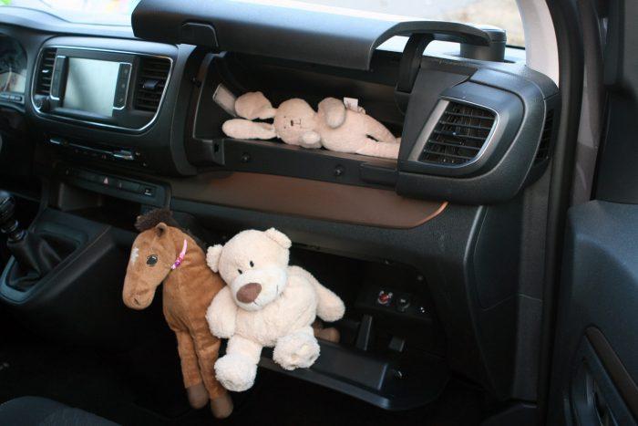Bőven van elég rakodóhely az autóban