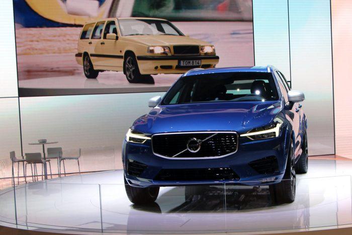 468,8 centis az új Volvo XC60, súlya a gyári adat szerint mellbevágó: 2081-2349 kg