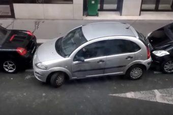 Kezet csókolunk ezeknek a hölgyeknek, úgy parkolnak mint a profik