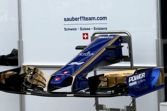 F1: A Ferrari kitúrja a Sauber-pilótákat?