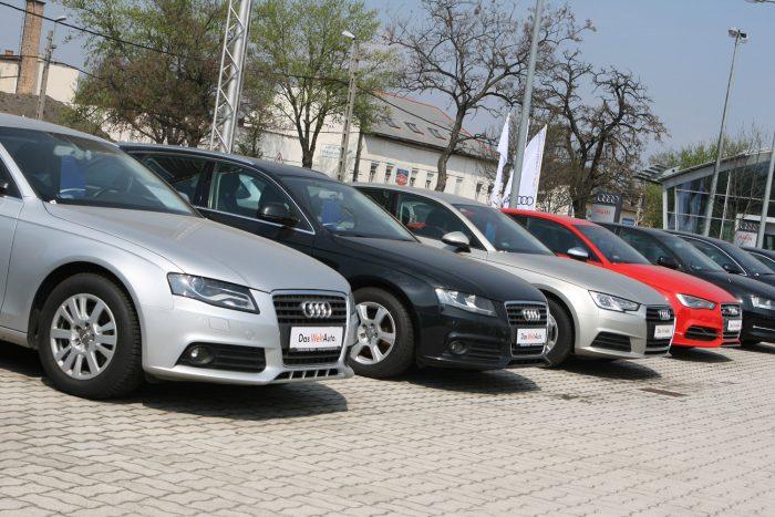 Márkakereskedésben álló dízel Audik, használtan akár hárommillió forint alatti árral. Érdemes engedni a csábításnak?