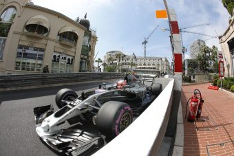 F1: Hat edzésen kispadozik Kevin Magnussen