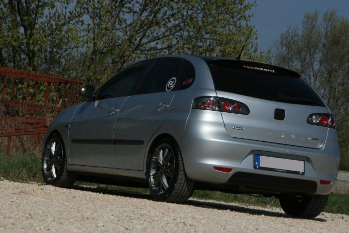 Nagyjából 600 ezer forinttól felfelé kaphatóak légkondiconálóval a 2001 utáni használt SEAT Ibizák. A kései modellek ára sem megy 1,4-1,5 millió forint fölé a hétköznapi motorokkal