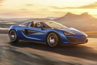 Motoros keménytetővel érkezik a McLaren új roadstere