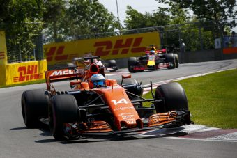F1: Veszélyesen lassú a McLaren?