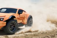 Végre elkészült a sivatagi szupersportkocsi