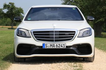 Új Mercedes S-osztály: gyönyör a négyzeten