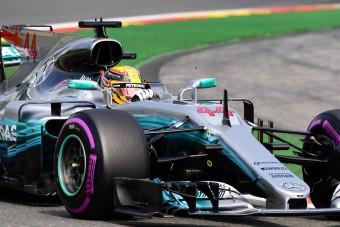 F1: Hamilton körrekorddal hozta Schumacher csúcsát